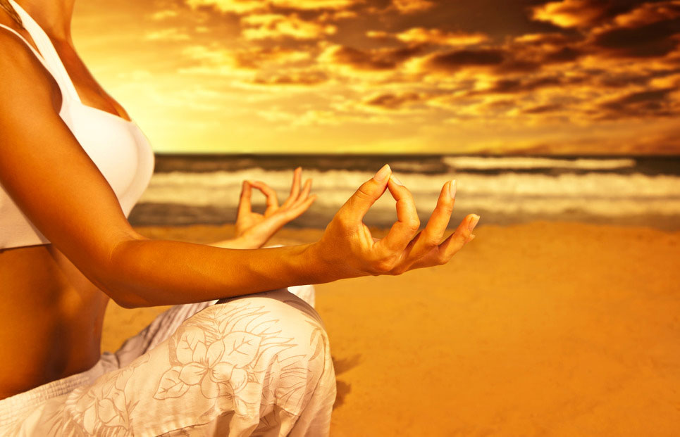 photodune-2153682-yoga-meditation-on-the-beach-s